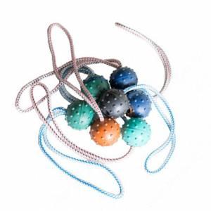 Мяч цветной на веревке Kinologprofi