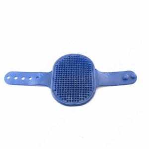Щетка на руку с регулировкой, синяя